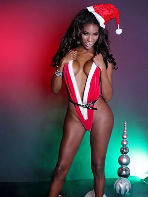 Chocolate xmas TRANNY Natassia stripping