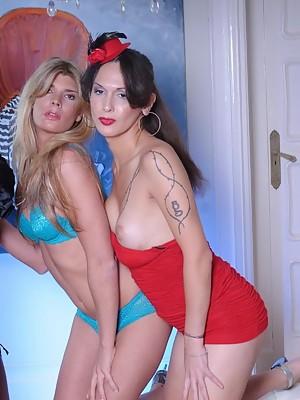 Natassia posing with shemales Nicole & Angelina